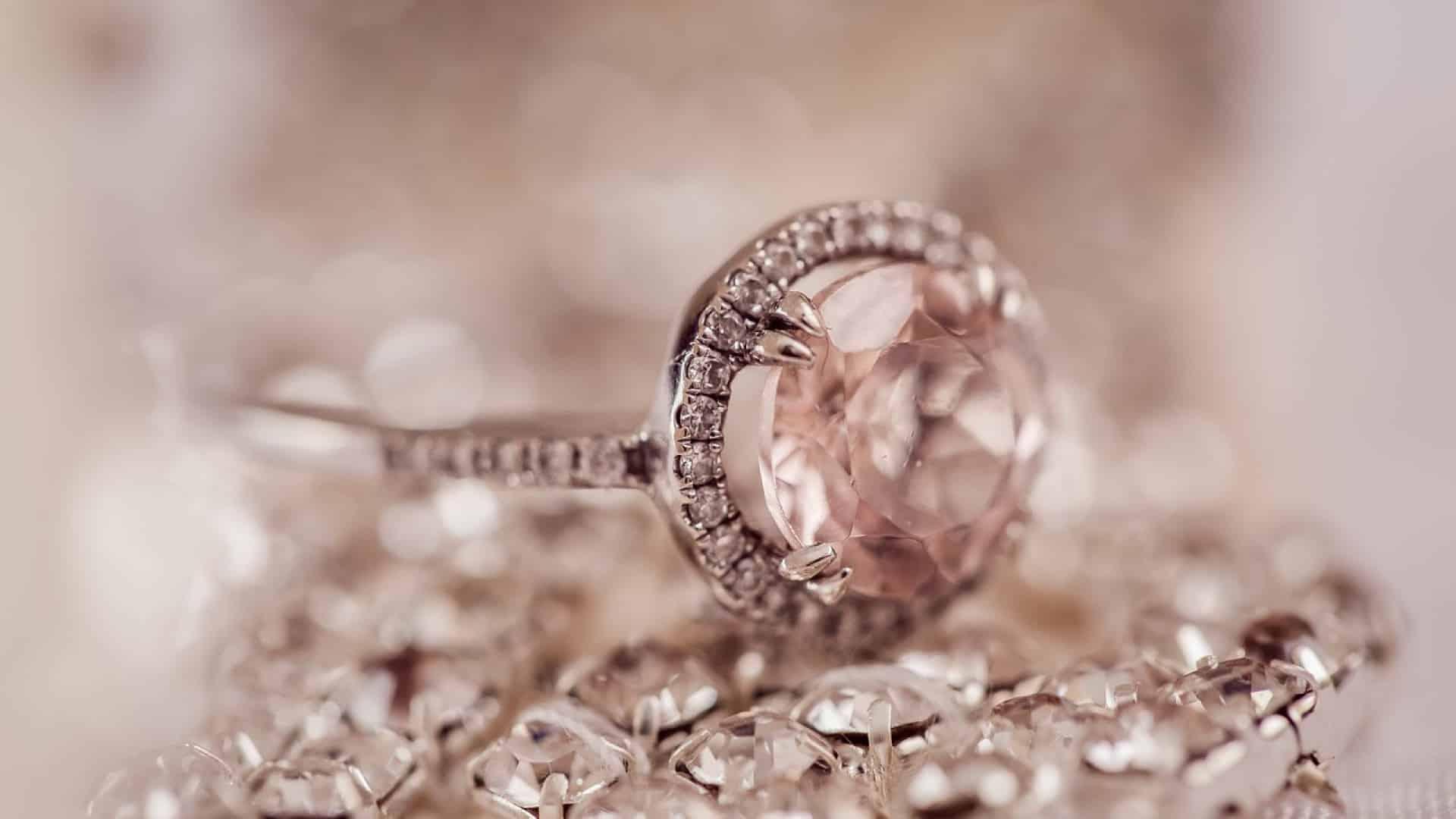 Les bienfaits d'un bijou en pierre de lune